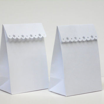 12 White Paper Bags with Decorative Flaking Out  Border top edge for Wedding Favors, Shower Favors, Gifts or Candy bars