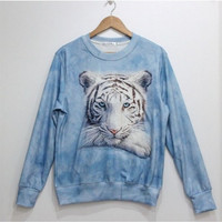 Lovely white tiger fleece