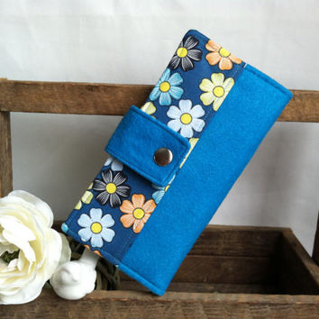 Floral blues, Handmade womens wallet, bifold wallet, felt and fabric print wallet, credit card wallet, bill slots, coin wallet