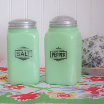 Vintage Kitchen Jadeite Salt and Pepper Shakers Art Deco Original