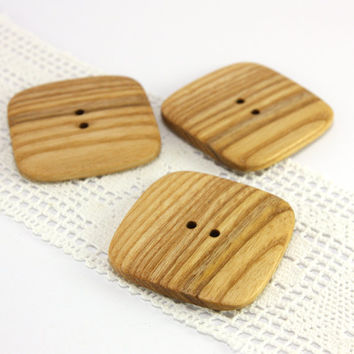 Natural ash wood buttons. Set of 3 large square shape buttons in size 1.7in (43mm) - S2368