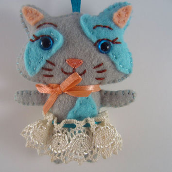Gray Kitty Feltie - Cat Key Chain - Kitten Ornament - Kawaii Kitty - Blue and Peach