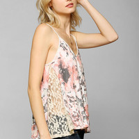 Kimchi Blue Wild Wind Lace-Inset Cami - Urban Outfitters