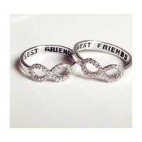 • Size 5 Best Friend Ring •