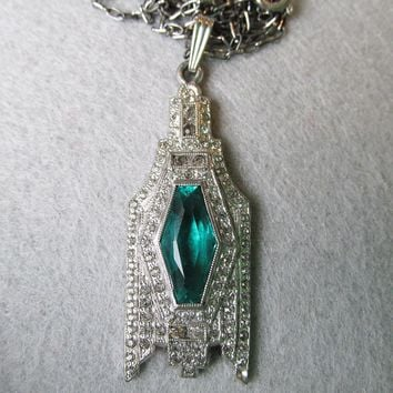 1930's Vintage Art Deco Emerald Green Rhinestone Pendant Necklace, Sterling Paperclip Chain