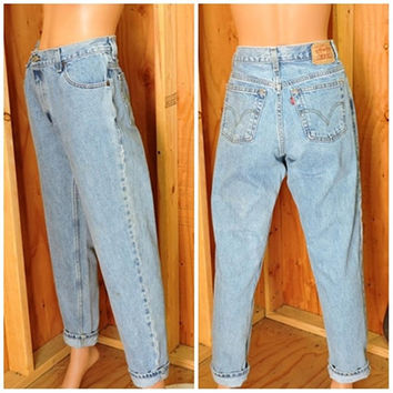 Vintage Levis 550 relaxed tapered mom jeans 32 X 31 size 12 / LEVI'S 100% cotton denim jeans / high waisted light wash peg leg Levi jeans