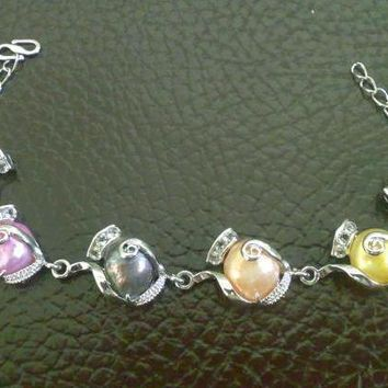 Chain bracelet with 6 color pearls