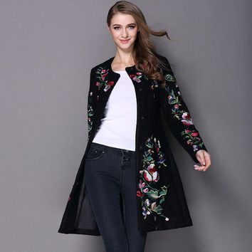 Chinese Traditional Womens Embroidered Wool Coat Ladies Embroidery Woolen Coats For Womens Floral Cloak Ourwear White Black 3XL