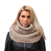 Chunky cowl, Women's Cowl Scarf, Hand Knit Chunky Cowl Scarf, Beige knit twist cowl, infinity scarf scarf, moss stich cowl