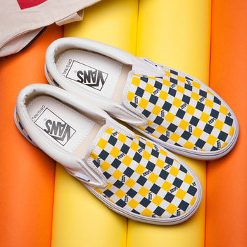 vans old skool checkerboard yellow stripe