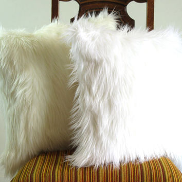 White fur pillow throw 14 X 14 fluffy white fur white linen pillow cover decorative ONE