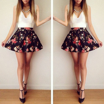 V-Neck Sleeveless Patchwork Floral Short Slim Dress