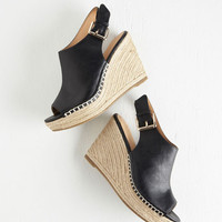ModCloth Bungalow Boogie Wedge
