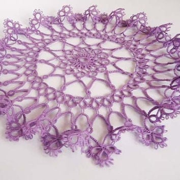 Handcrafted  doily -  Tatting Doily - Home decor - Housewarming - tatting shuttle