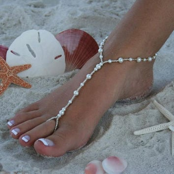 Barefoot Sandal - Simply Elegant  White Pearls and Silver Beads