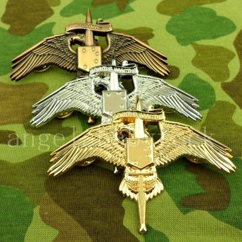 WW2 THREE COLORS US MARINE RAIDER INSIGNIA USMC MARSOC BADGE PIN INSIGNIA- World military Store