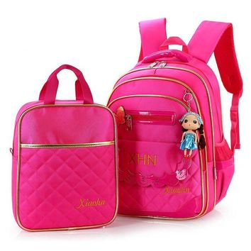 2016 New Fashion Canvas Children School Backpacks Cute Princess Girl Backpacks High Quality Backpack Charm in Hands School Bag