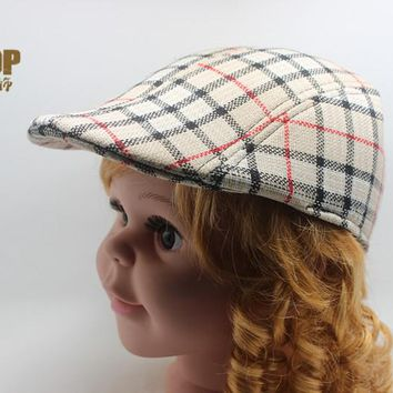 2016 Spring Autumn Fashion Baby Child Kids Beret Cap Gatsby Newsboy Golf Boys Flat Cap Plaid Hat Boy Girl Beret Hat