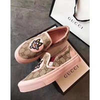 GUCCI Fallow shoes with one foot and flat bottom