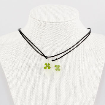 Glow in The Dark Clover Couple Necklaces