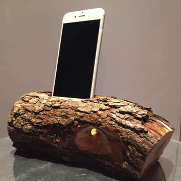 Rustic acoustic iphone speaker