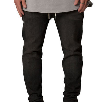 The Exposed Side Pocket Tapered Pants in Charcoal
