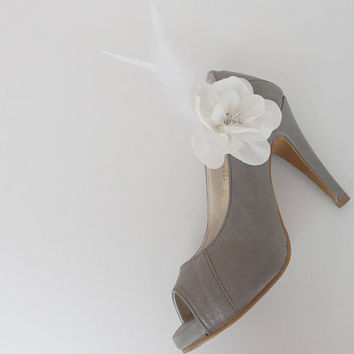 Feather Bridal Shoe Clips,Shoe Clips,Wedding Clips, Bridal Shoe Accessories,wedding shoes corsage,shoes clip