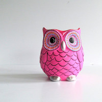 Pink Owl Vase: Small hand painted ceramic Owl vase or pencil holder Hot Pink and black Owl decor Owl Art