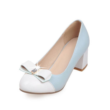 2017 new Mary Janes High Heels Patent Leather Pumps Sexy Wedding Shoes Woman Slip On Low Heels Platform Women Shoes