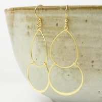 Double Hoop Earring - Large Gold Lightweight Earrings Hammered Gold Circle Simple Modern Jewelry