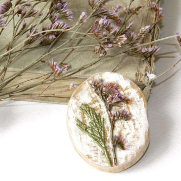 Dried Flower brooch Botanical jewelry Resin jewelry Dried flowers Wood brooch Floral jewelry Dry Pressed flowers Herbal Natural Nature Herbs