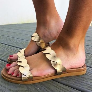 All Twisted Sandals: Gold