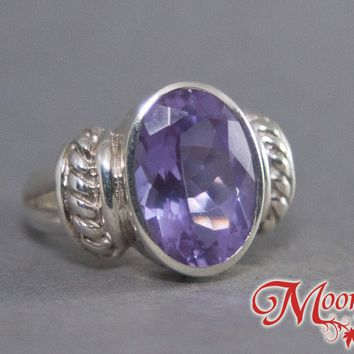 Alexandrite Oval Royal Sterling Silver Ring US 6.5 SS-032