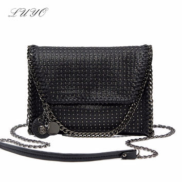 Luyo Black Lady Messenger Classic Rivet Purse Skull Decrative Women Shoulder Leather Small Crossbody Handbag Bag female stella