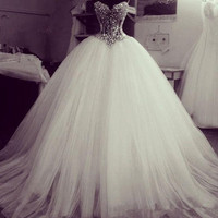 Luxury Ivory Sweetheart Strapless Illusion Ball Gown Princess Tulle Wedding Dress With Heavily Beaded Bodice