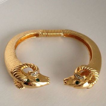 Wonderful vintage 80s Kenneth jay lane for avon gold tone rams head cuff bracelet