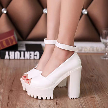 2017 hot Platform shoes High heels women pumps