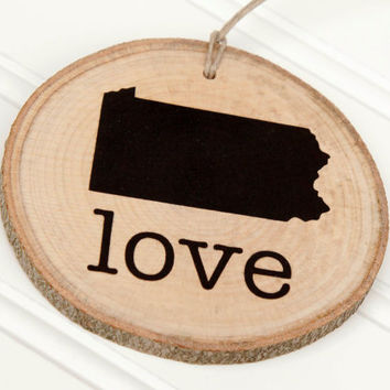 Pennsylvania Love state shape Maple wood slice ornaments - Set of 4.  Wedding favor, Bridal Shower, Country Chic, Rustic, Valentine Gift