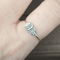 Adjustable Wire Wrapped Ring Spinning Tiny Owl