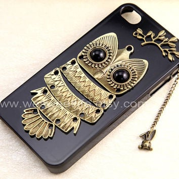 Owl Iphone 4 caselovely rabbit charm black Iphone 4 by wesweetlife