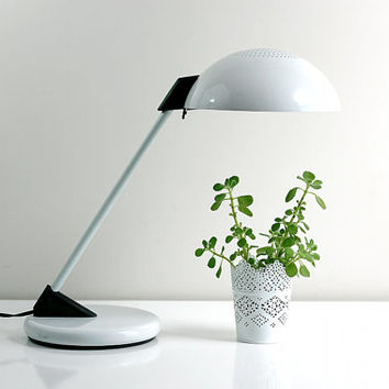 Vintage Mod Black and White Metal Lightolier Style Desk Lamp
