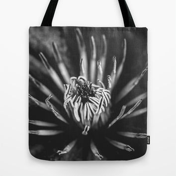 Flower universe - BW Tote Bag by HappyMelvin Protanopia