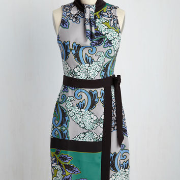 Sleek Supervisor Dress in Retro Flowers