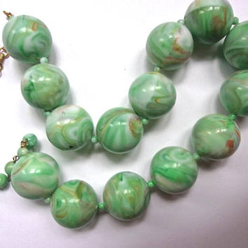 Large CORO Marble Green Bead Necklace, Art Deco, Vintage
