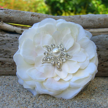 Starfish Floral Beach Wedding Hair Accessory, Nautical, Destination Wedding, Vow Renewal, Mermaid Hair, Vegan Friendly