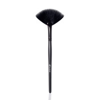Makeup and Cosmetics | Fan Brush | Fan Makeup Brush
