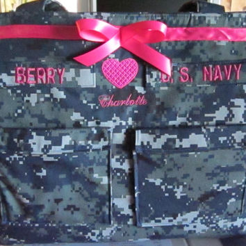 Navy Diaper Bag custom embroidery and personalized colors for embroidery, lining and ribbon