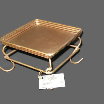 Vintage Candle Stand, Metal Stand, Home Decor, Base Stand, Wire Stand, Figurine Stand, Square Stand, Table Decor, Rustic Stand, Gold Tone