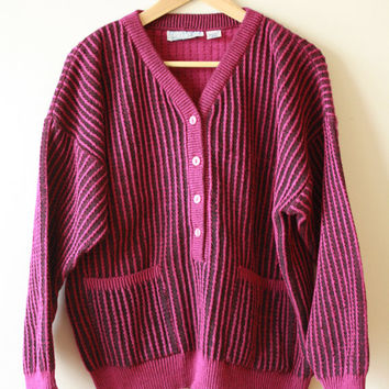 80s Ribbed Women's V-Neck Sweater Size 40 Medium