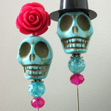 Happy Couple Day of the Dead Cake Topper Giant Sugar Skull Gothic Wedding Lapel Pin Hat Pin Bride & Groom